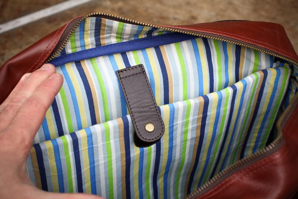 Hill & Ellis Duke Bike Bag - inside laptop sleeve.jpg