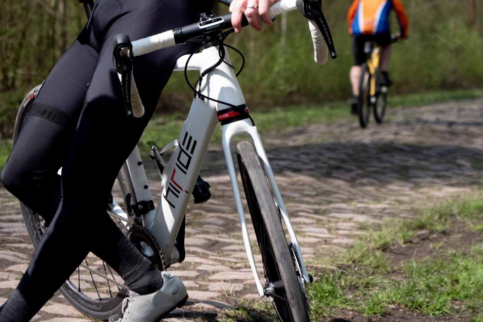HiRide front and rear suspension Arenberg 2019 - 6.jpg