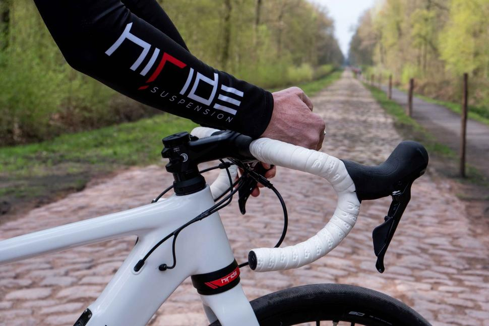 HiRide front and rear suspension Arenberg 2019 - 8.jpg