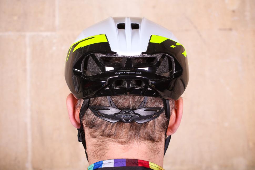 hjc_furion_helmet_-_back.jpg