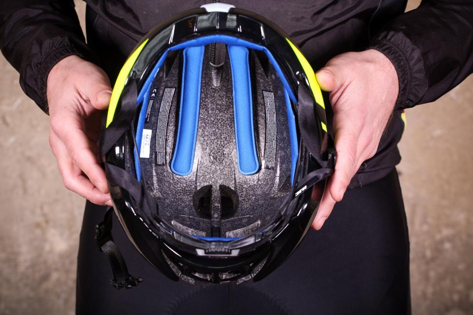 hjc_furion_helmet_-_inside.jpg