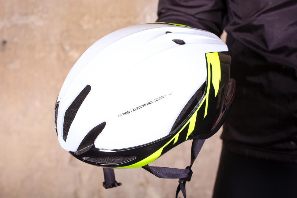 hjc_furion_helmet_-_top.jpg