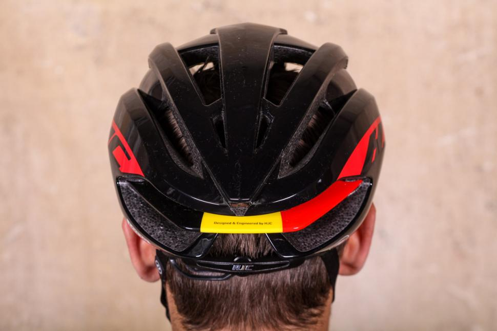 hjc_ibex_lotto_soudal_edition_helmet_-_back.jpg