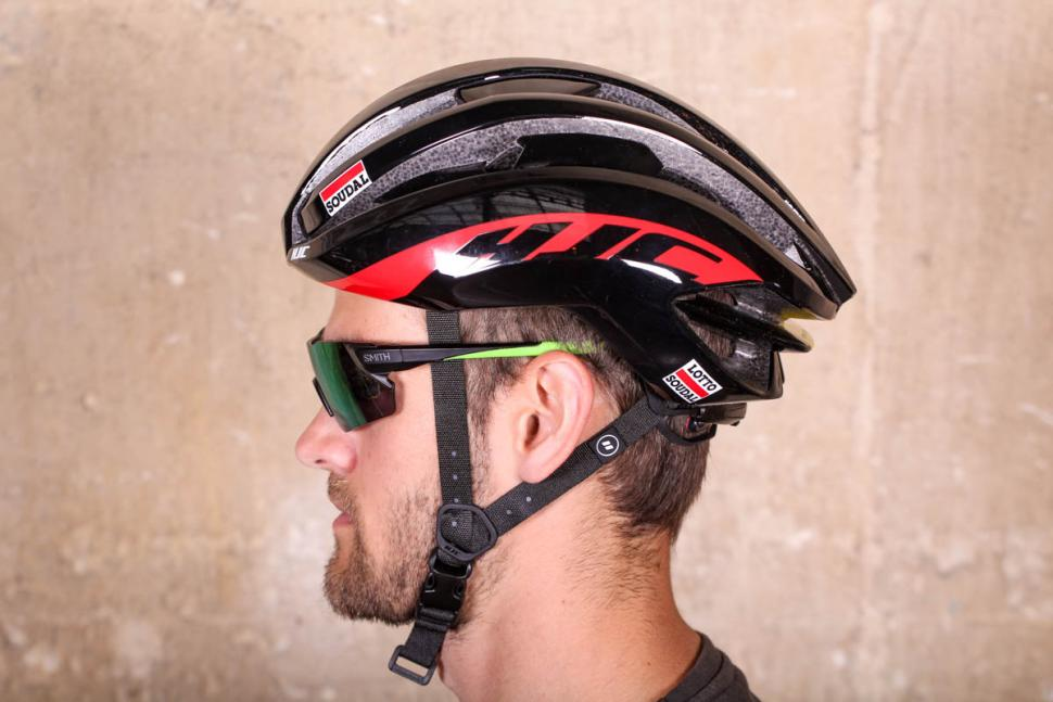 hjc_ibex_lotto_soudal_edition_helmet_-_side.jpg