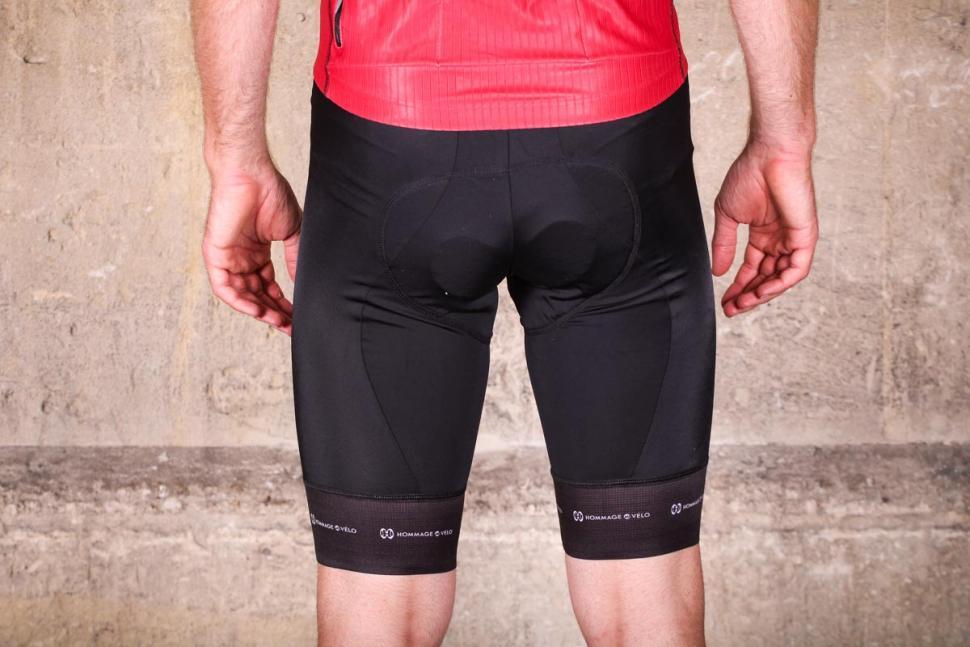 hommage_au_velo_booty_bib-shorts_black_-_back.jpg