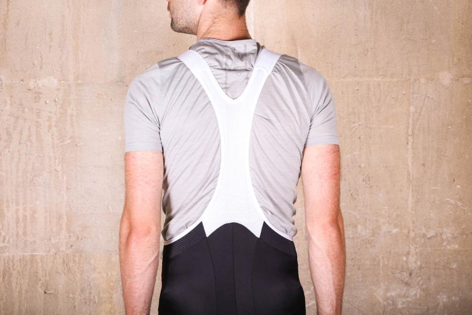 hommage_au_velo_booty_bib-shorts_black_-_straps_back.jpg