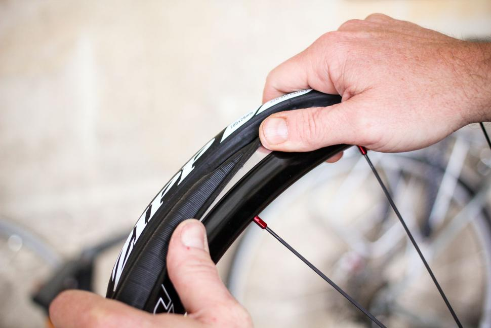 How to fit a clincher tyre step 10.jpg