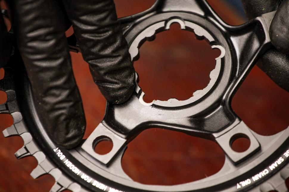 How to fit a CX1 chainring 09