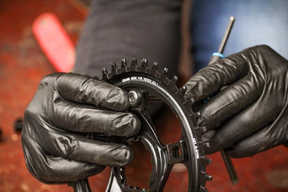 How to fit a CX1 chainring 13