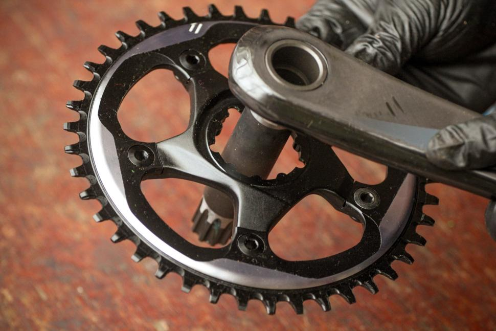 How to fit a CX1 chainring 16