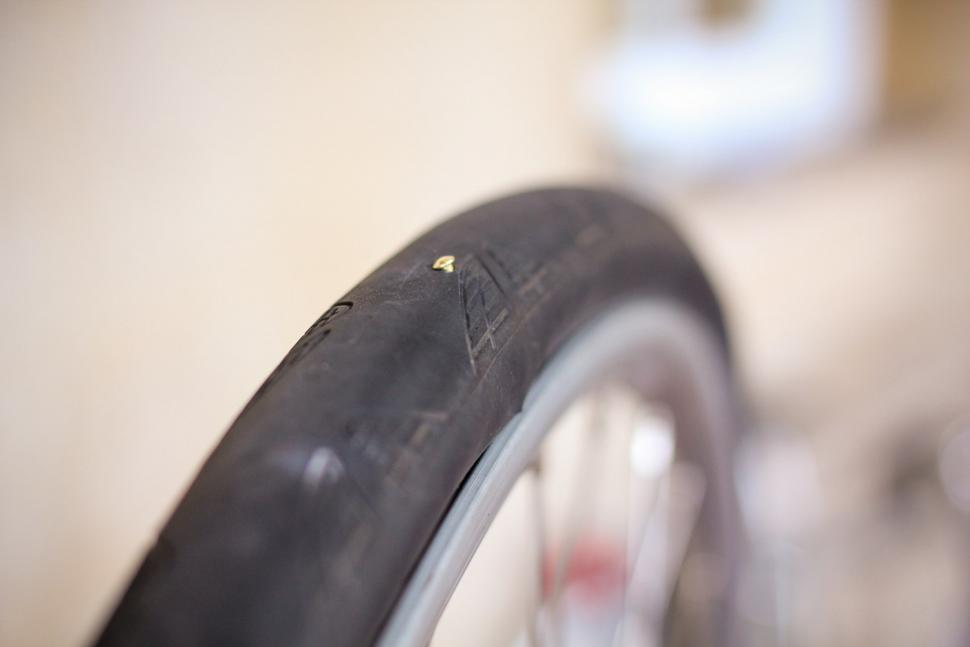 How to fix a puncture step 02.jpg