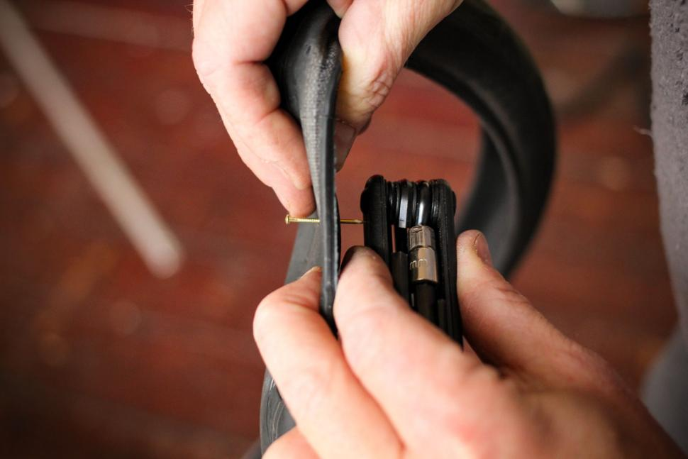 How to fix a puncture step 06.jpg