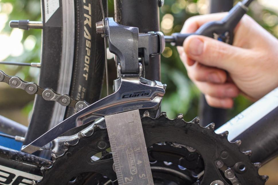 How to index front gears 04