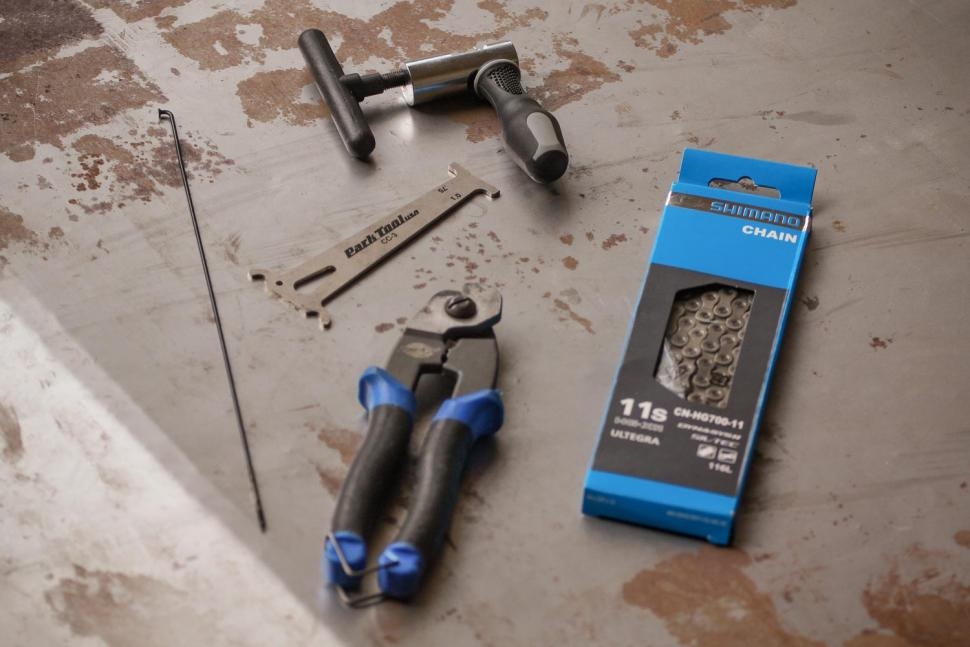 How to change your chain - tools