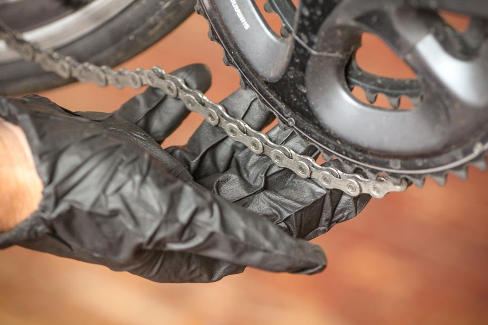 How to change your chain - Drop chain