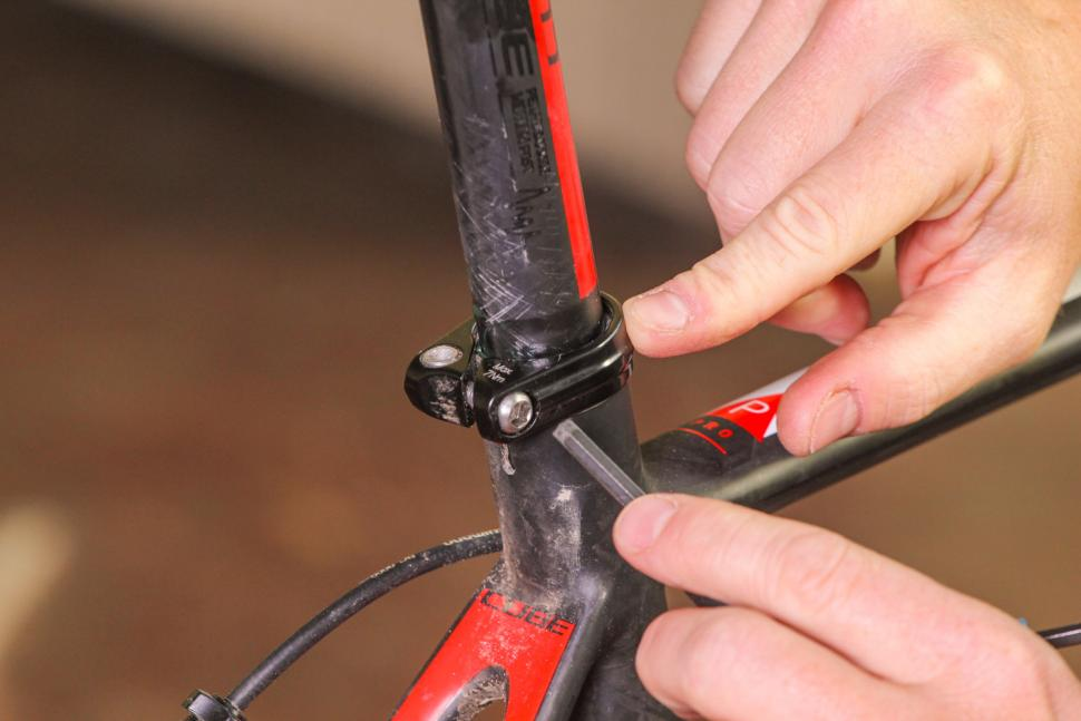 How to set your saddle height 07