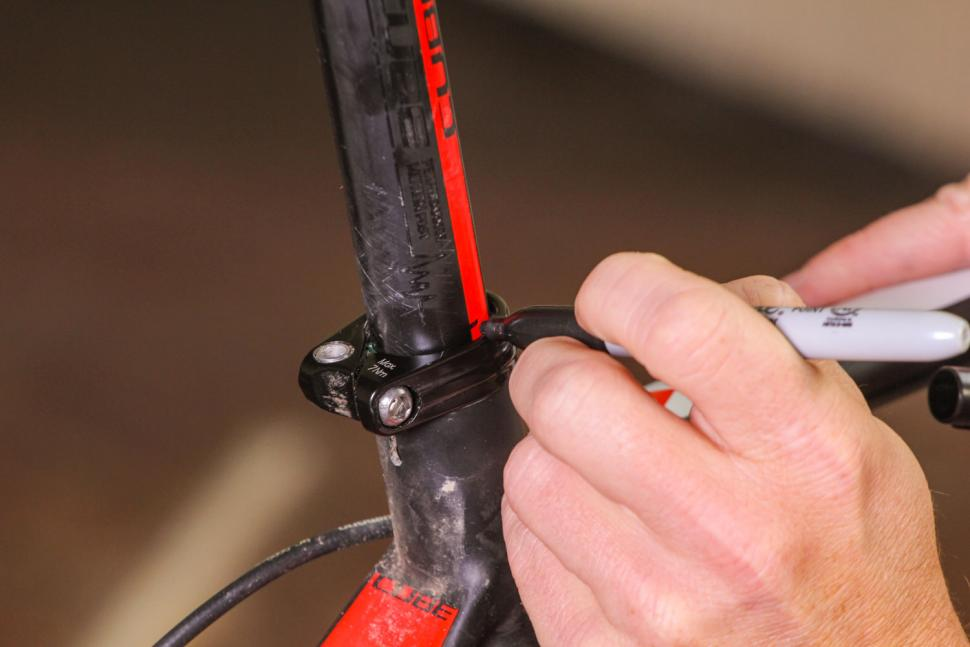 How to set your saddle height 09