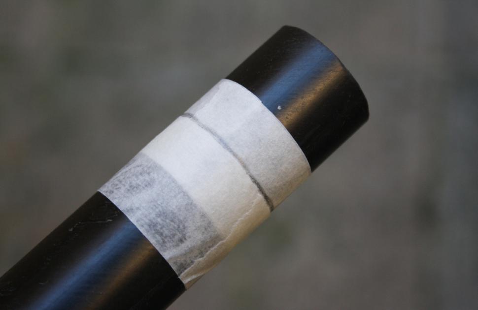 How to trim a carbon fibre steerer tube masking-tape-cut_0