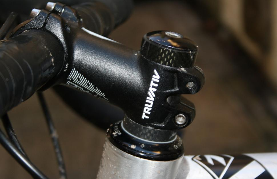 How to trim a carbon fibre steerer tube space-spacers_0