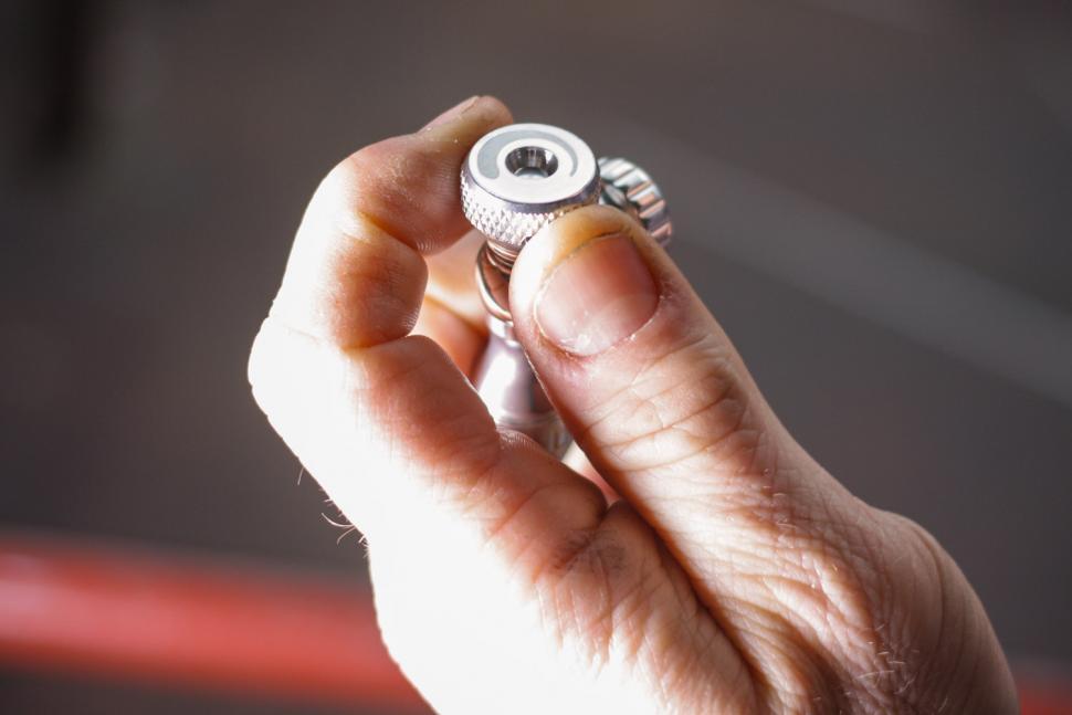 Close valve