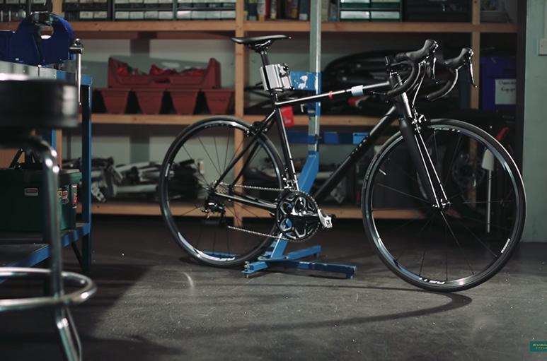 road.cc live blog: chris hoy talks bike design, one pro cycling