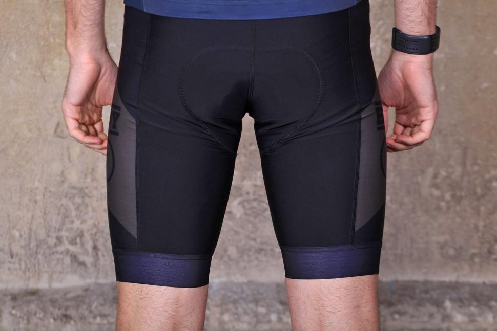Hoy-Vulpine senko bib shorts - back.jpg