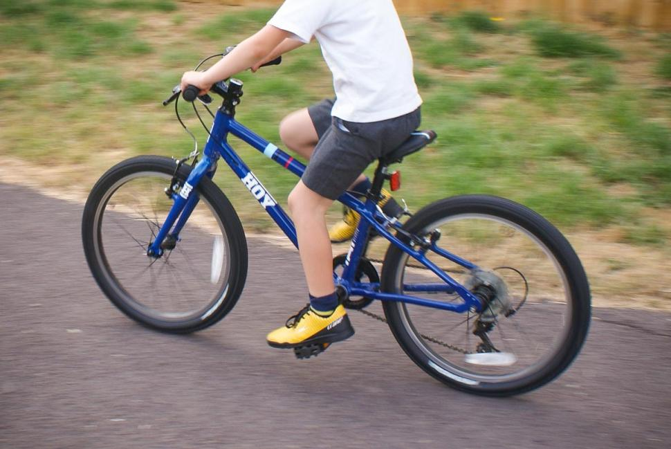 hoy_bonaly_riding_2.jpg