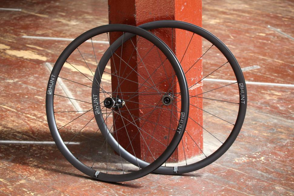 Hunt 30 Carbon Aero Disc Road Wheelset.jpg