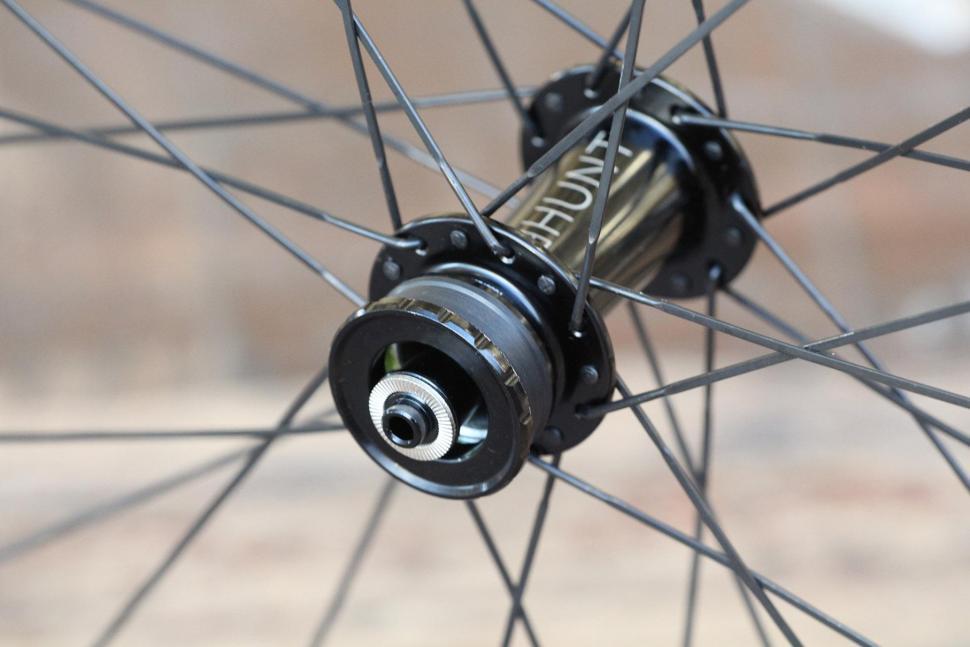 Hunt 30 Carbon Gravel Disc Wheelset - front hub 2.jpg