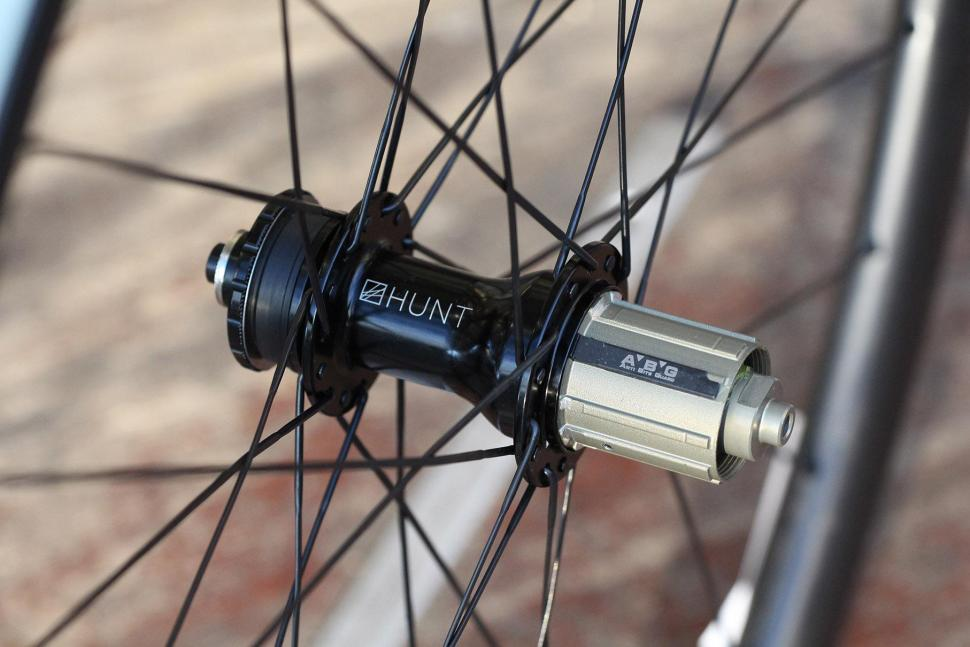 Hunt 30 Carbon Gravel Disc Wheelset - rear hub.jpg