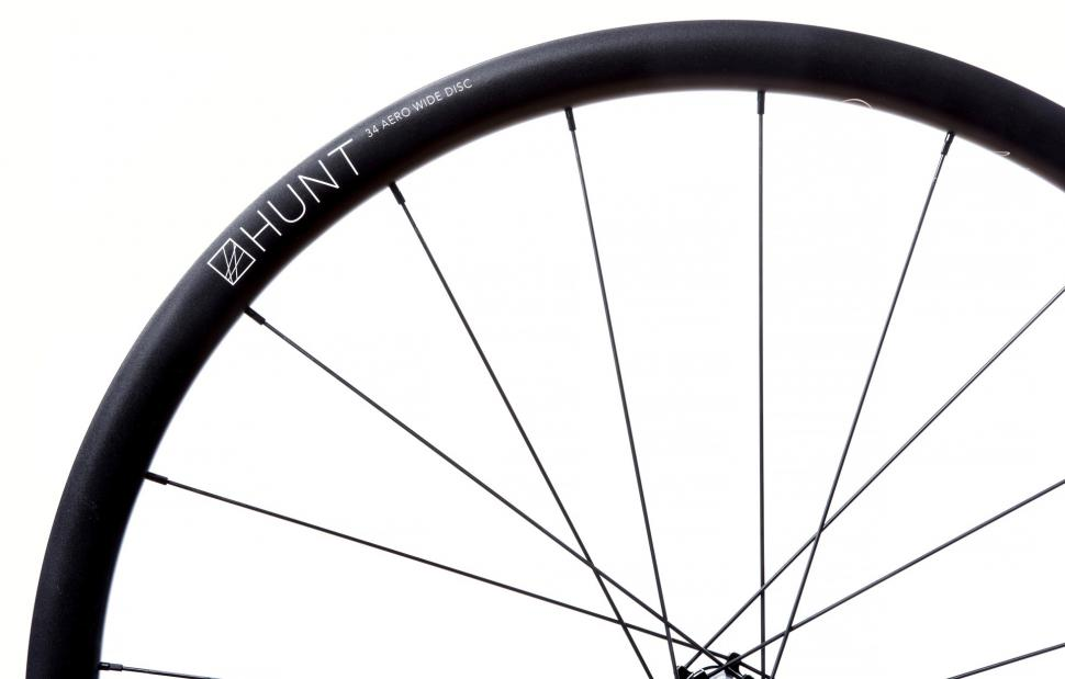 HUNT-34-Aero-Wide-Disc-Rim