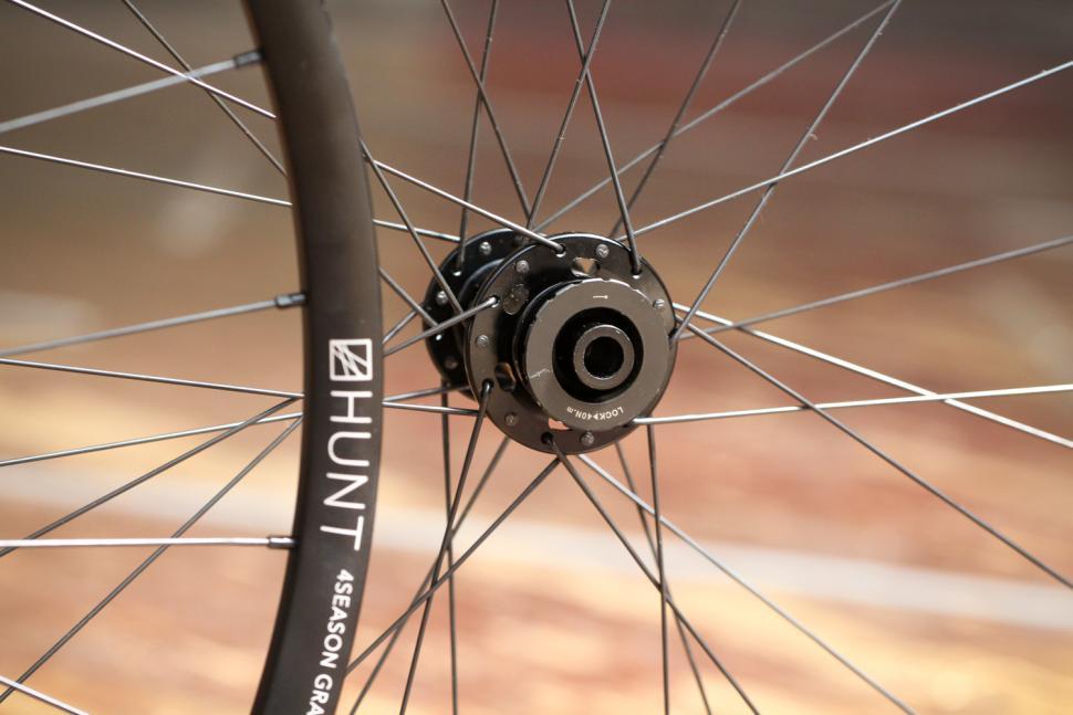 Hunt 4 Season Gravel Disc X-Wide Wheelset - front hub.jpg