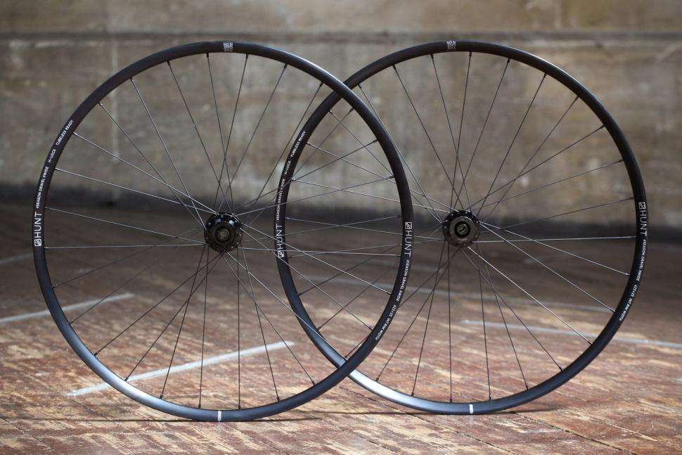 Hunt 4 Season Gravel Disc X-Wide Wheelset.jpg