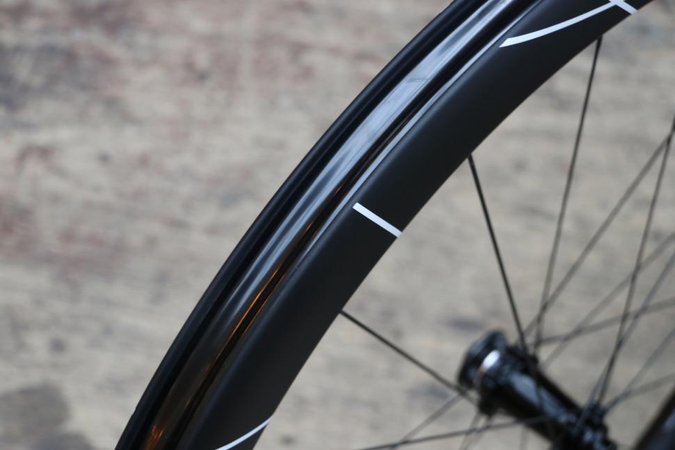 Hunt 48 Limitless Aero Disc wheels - 3.jpg