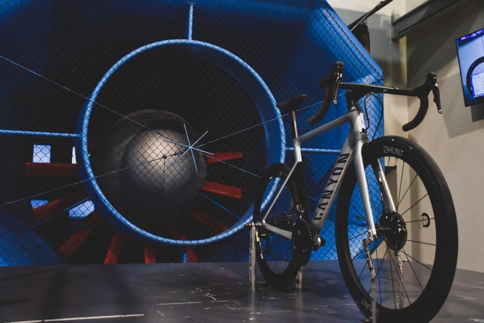 Hunt 48 Limitless Aero Disc wheels wind tunnel - 2.jpg
