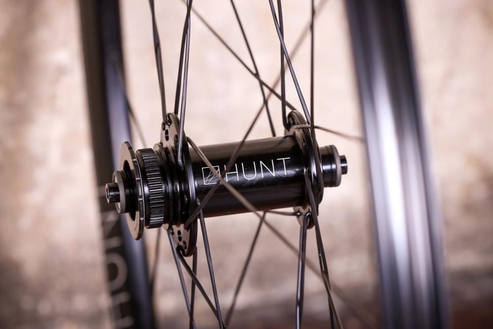 Hunt Mason X Hunt4 Season Disc Wheelset - front hub.jpg