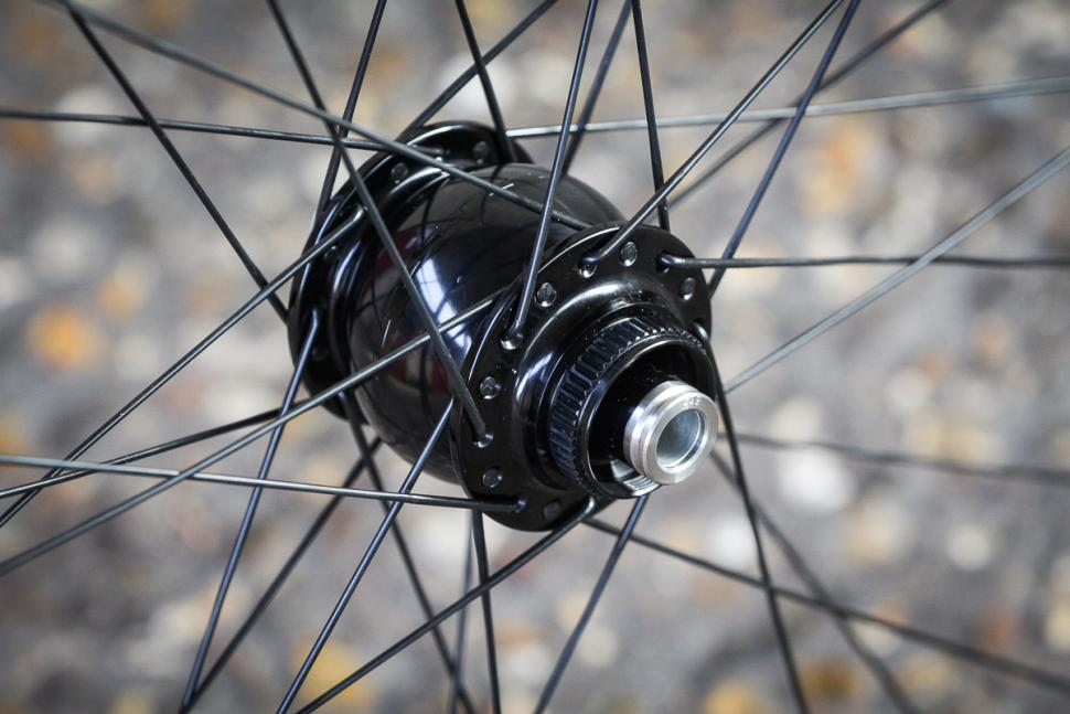 Hunt Superdura Dynamo Disc wheelset -3.jpg