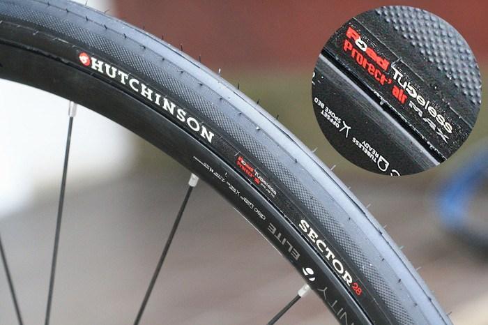 Hutchinson tubeless tyre.jpg