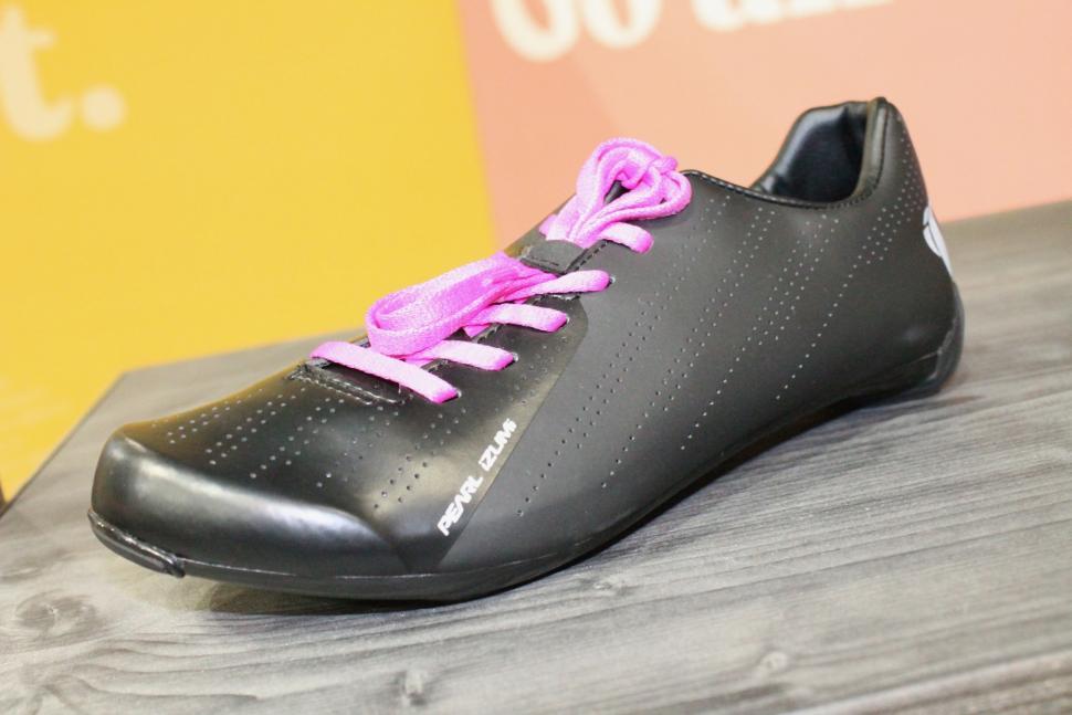 iceBike 2019 Pearl Izumi Sugar shoes - 1.jpg
