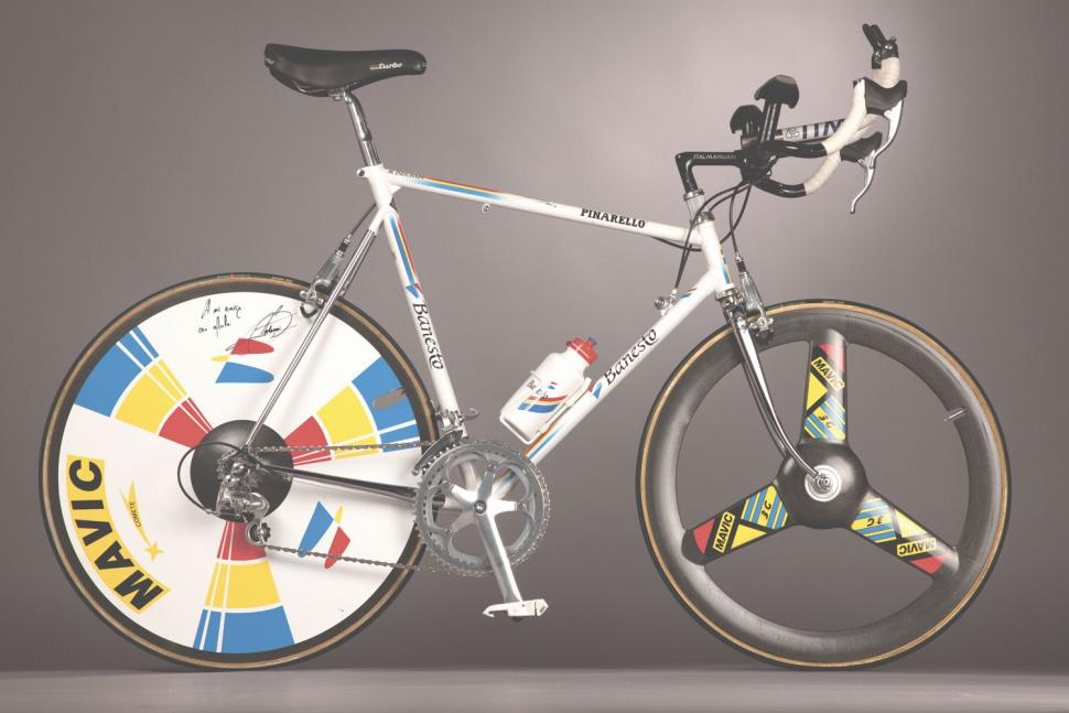 Icons by Bradley Wiggins 3 - reproduced with kind permission of HarperCollins.jpg