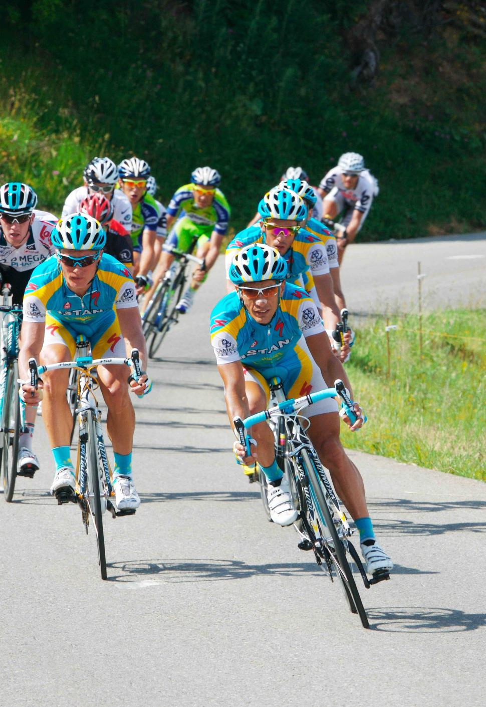 Astana's Alexandre Vinokourouv and Alerto Contador © PhotoSport International.jpg