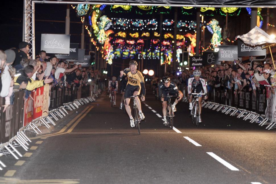 Blackpool Nocturne 09.jpg