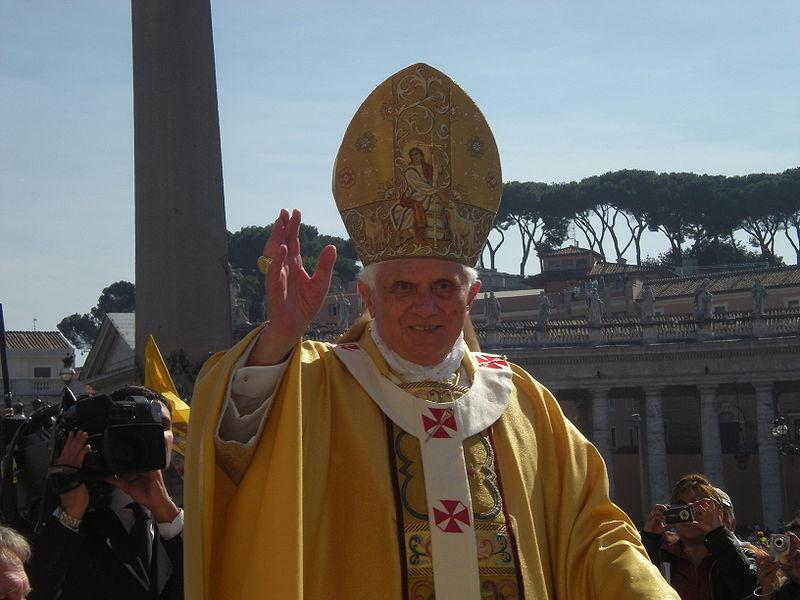 Pope Benedict XVI (copyright rvin88:Wikimedia Commons).jpg