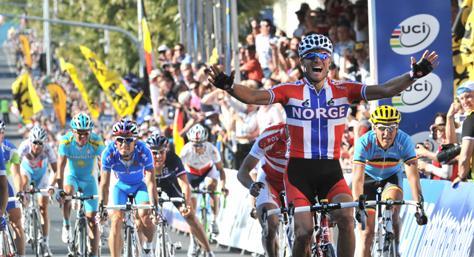 Thor Hushovd wins 2010 World Championship (picture credit Melbourne 2010).jpg