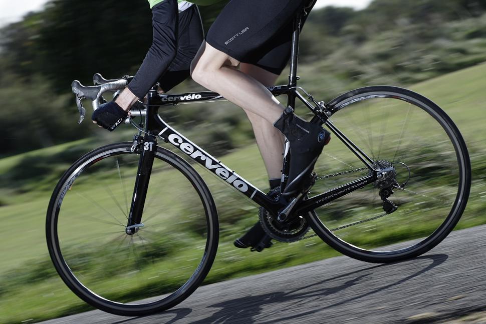 Cervelo R3-SL riding