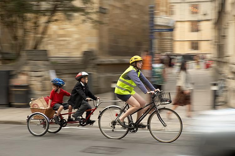 Experts blame parental fear for kids shunning cycling and