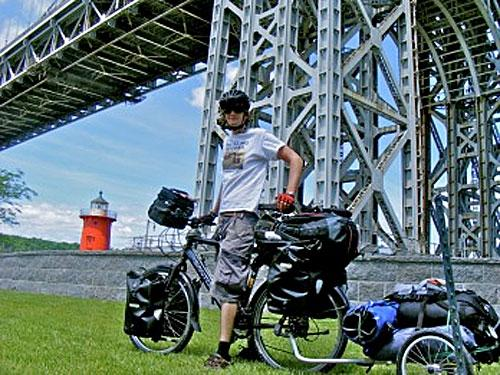 Leon McCarron with Santos bike