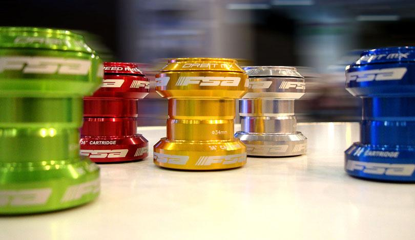 FSA Orbit MX headset colours