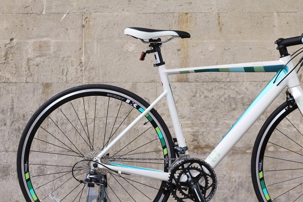 13 Bikes Intrinsic Lambda - rear