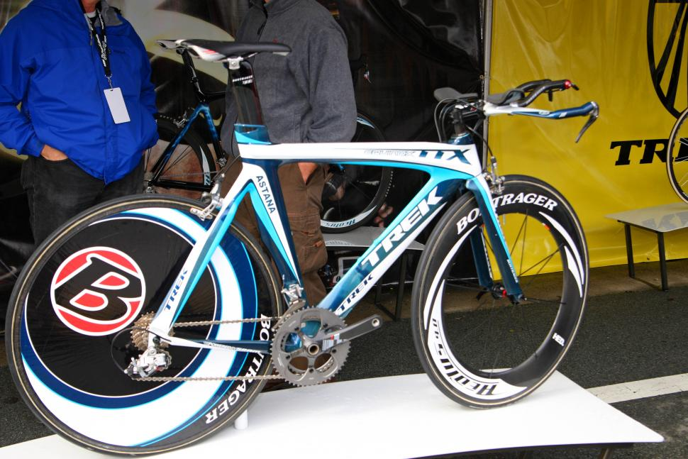 Astana team time trial bike (Courtesy Photosport International)